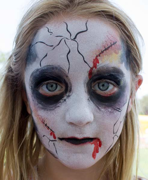 How To Paint A Zombie Face By Auntie Stacey Auntie Stacey S Face Painting