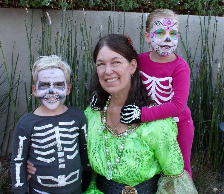 Skull Face painting by Auntie Stacey, www.auntiestaceysfacepainting.com