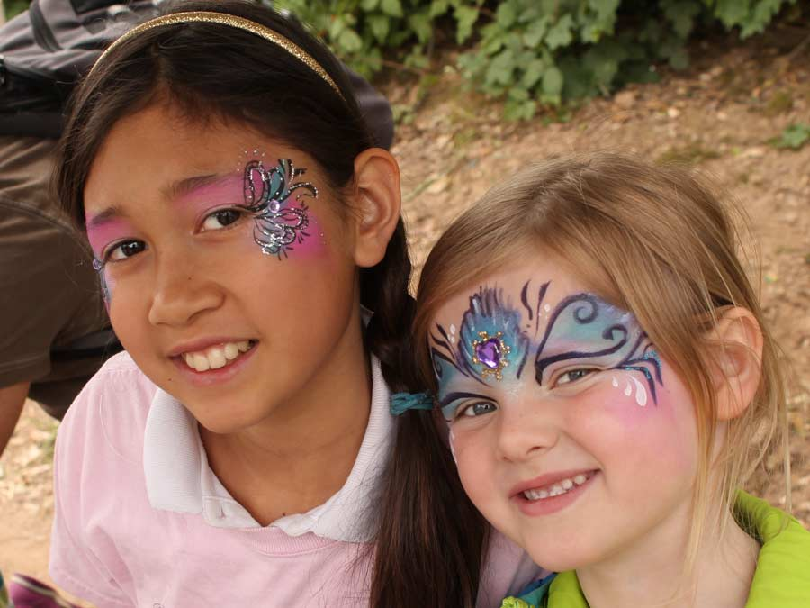 art by Auntie Stacey, face painter,