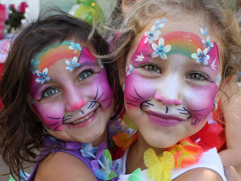 Aloha Cats face paint by Auntie Stacey's face painting, balloon twisting, children's entertainer, fun and games, best wine country face painter, Sonoma county