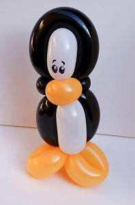 Balloon penguin by Auntie Stacey's Face Painting, balloon twisting, children's entertainment, party, kids, clown, fun, wine country face painter (415) 246-1227