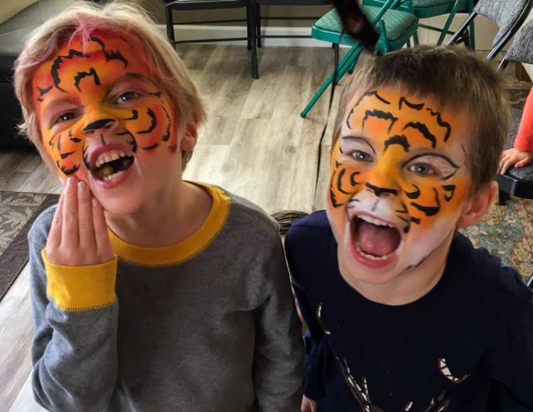 tigers by Auntie Stacey's Face Painting, balloon twisting, children's entertainment, party, kids, clown, fun, wine country face painter (415) 246-1227